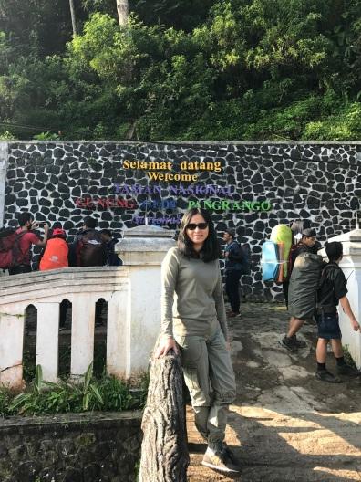 Gerbang start pendakian